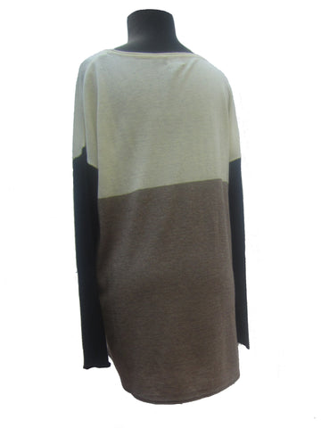 Fate Three-Tone Sweater, M