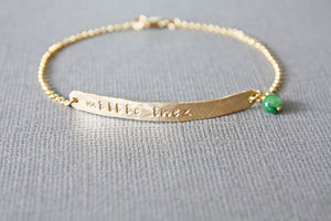 Unique Wedding Party Bridesmaid Gifts - Gold Skinny Thin Horizontal Bar Bracelet with Name and Pearl