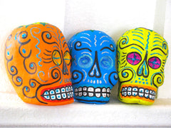 Day of the Dead Skulls Cabezas de Color