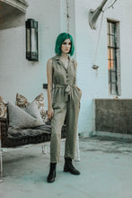 Load image into Gallery viewer, SLEEVELESS JUMPSUIT