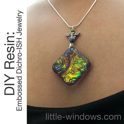resin jewelry cast necklace dichro ish gold green bee