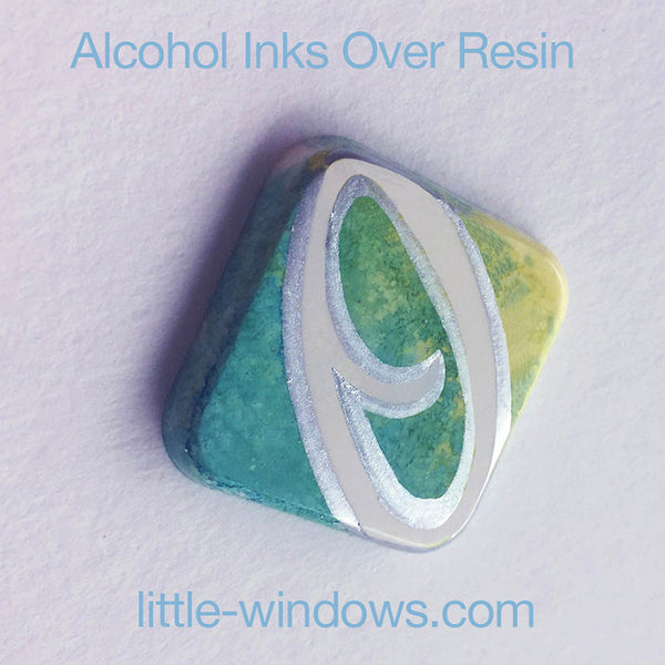 resin casting alcohol inks monogram jewelrymaking
