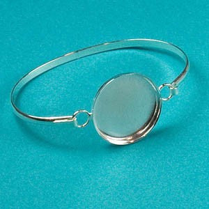 "Bracelet with 1"" Circle Bezel (choose from 3 sizes)"
