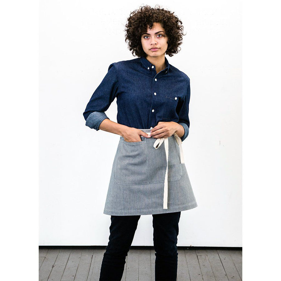 REGGIE HALF APRON, ENGINEER STRIPE