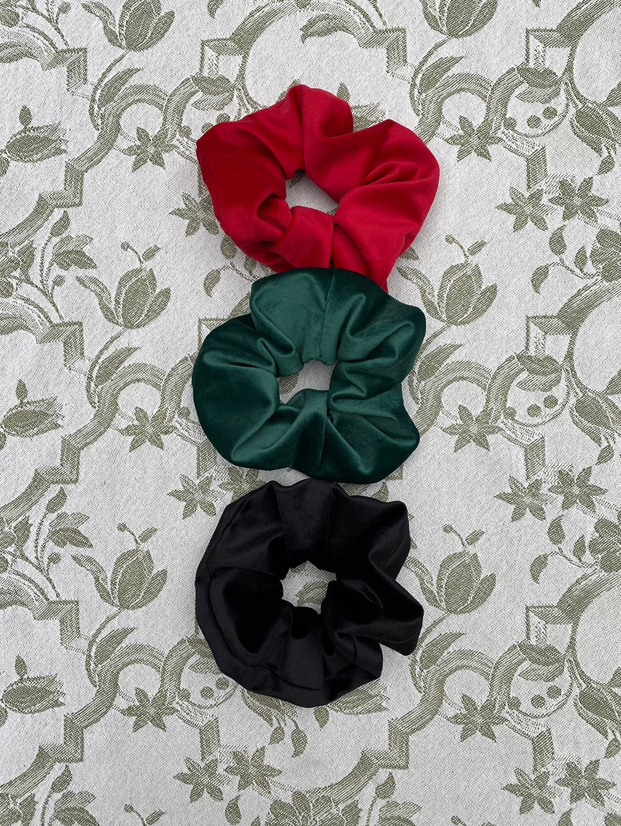 Velvet Scrunchie Gift Set