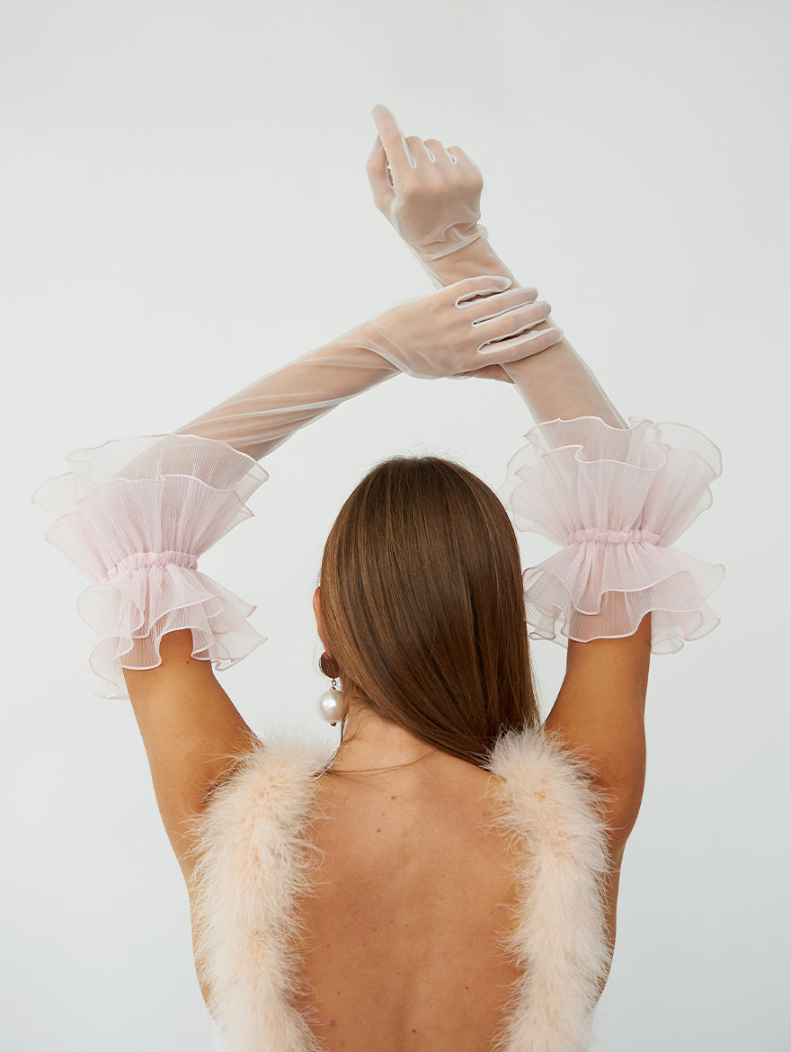 Zephyr Ruffle Gloves in Pink