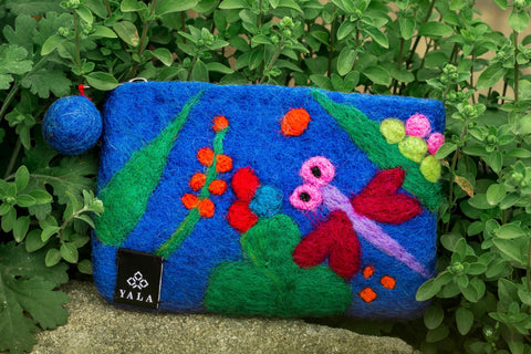 Dragonfly Purse - yala-garden -
