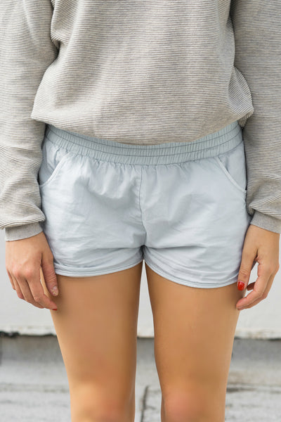 CHAMBRAY JOGGER SHORTS by Minkpink