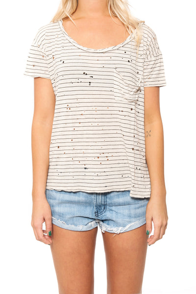 DESTROYED TWIST NECK POCKET TEE by Day Dreamer