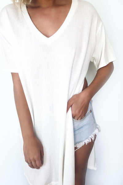 SOUTHBAY SLIT TEE (WHITE)