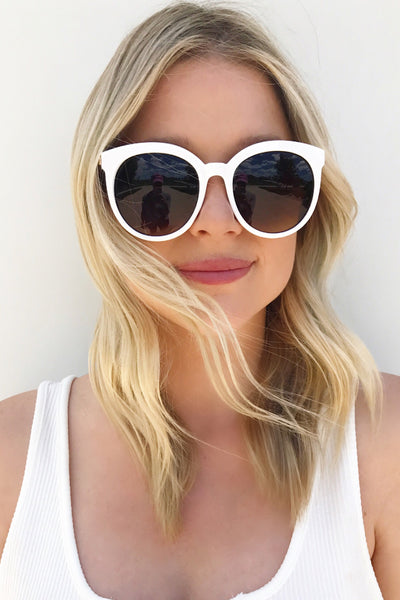 THE HILTON SUNNIES (5 COLORS AVAILABLE)