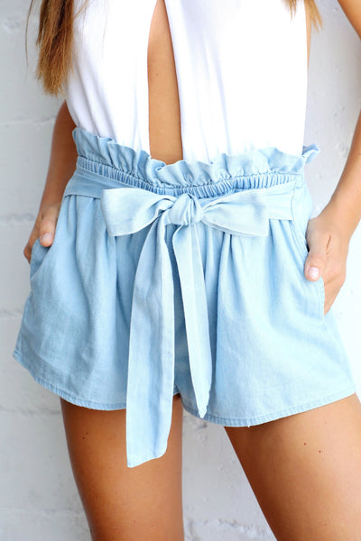 CHAMBRAY TIE SHORT (LIGHT BLUE)