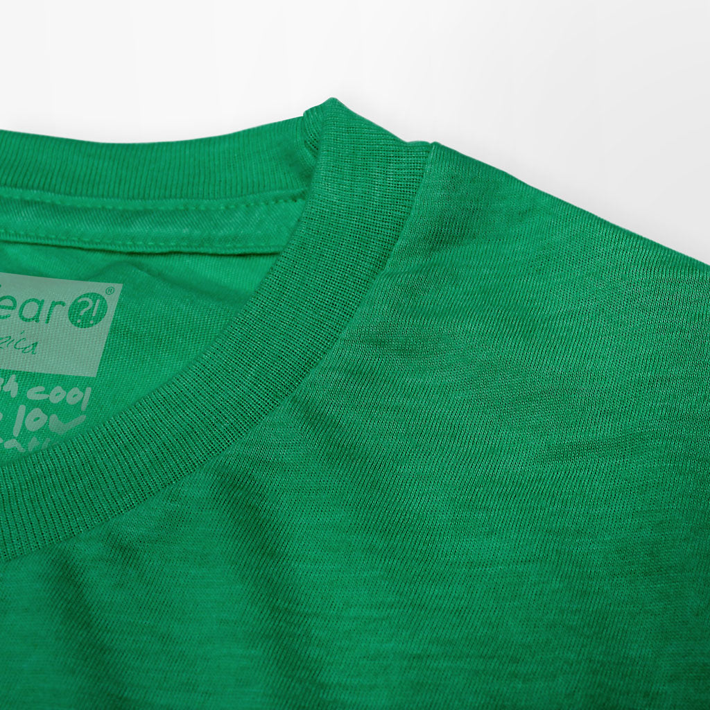 Collar of Stick it Wear?! 'GRASS CHAMPION' Men Tennis T-shirt in green.
