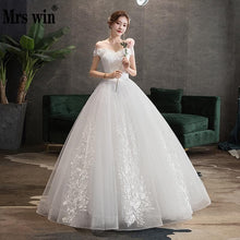 Load image into Gallery viewer, Mrs Win Wedding Dress 2020 New Sexy V-neck Ball Gown Princess Vintage Wedding Dresse Luxury Lace Wedding Gowns Plus Size
