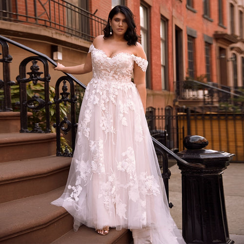 Plus Size Off the Shoulder Wedding Dresses Sweetheart Lace A-line Flowers Bridal Wedding Dress