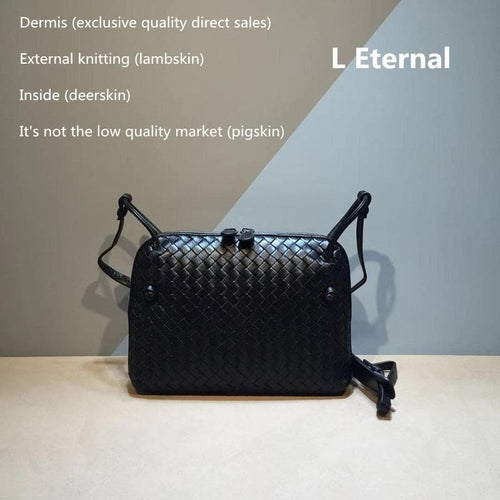 Woman Woven bag  square bag Sheepskin Small square bag Internal and external dermis The single shoulder bag Genuine leathe
