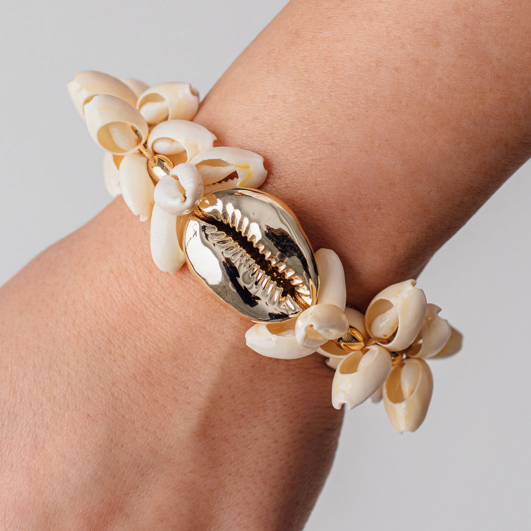 OVERSIZED COWRIE SHELL BRACELET - SOLD OUT