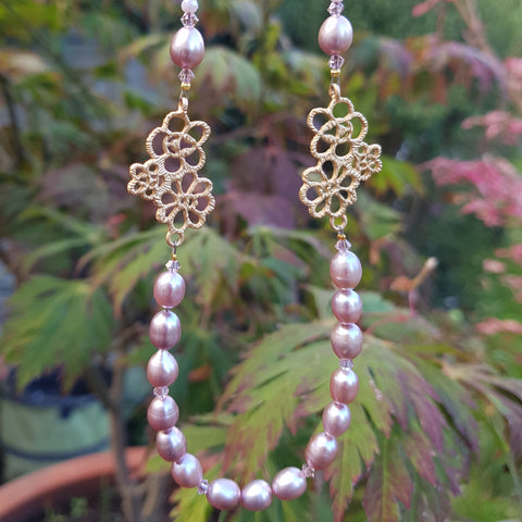 Edwardian Lace with Pink Freshwater Pearl.