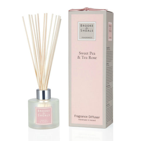 Brooke & Shoals Reed Diffuser_Sweet Pea & Tea Rose