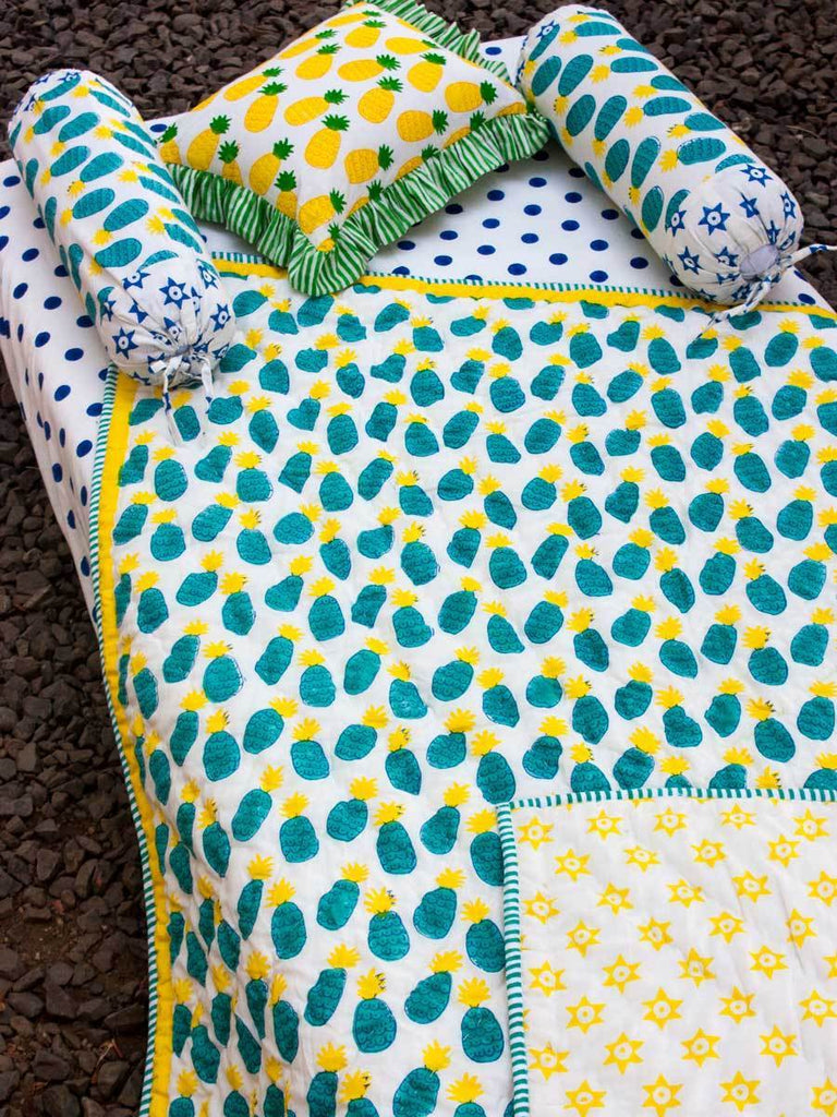 Firozi Ananas GOTS Certified Organic Cotton Reversible Quilt for Infants New Kids Collection