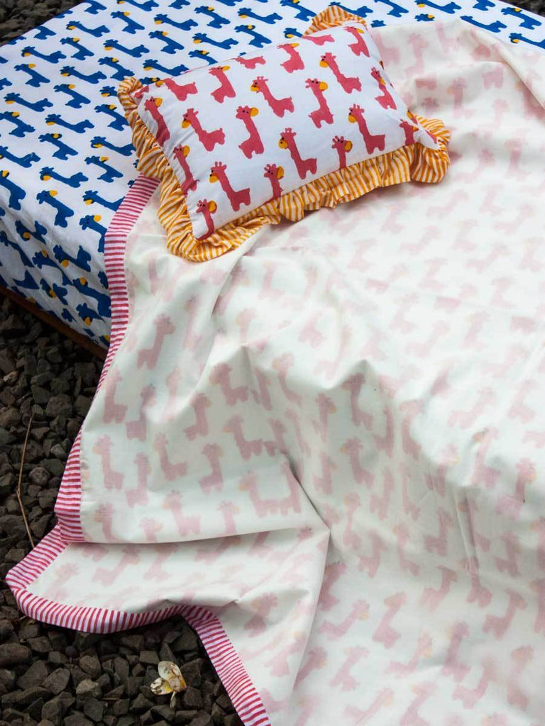 Pink Giraffe Organic Cotton Dohar Blanket for Infants Kids Quilts & Dohars