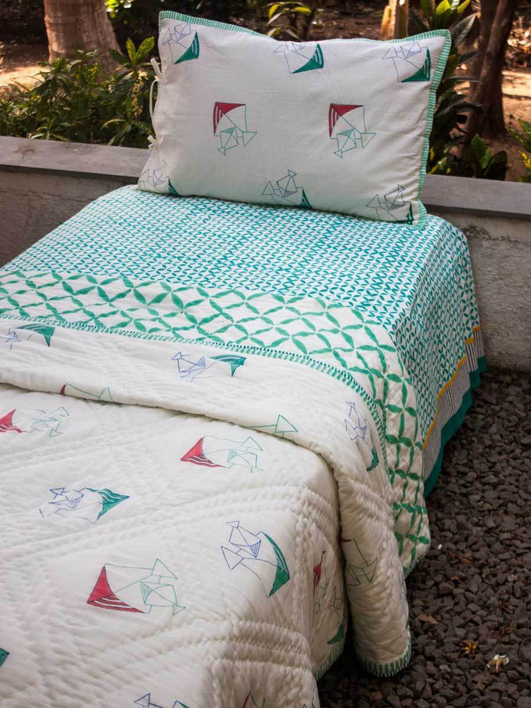 Kite GOTS Certified Organic Cotton Reversible Single Bed Quilt Kids Quilts & Dohars