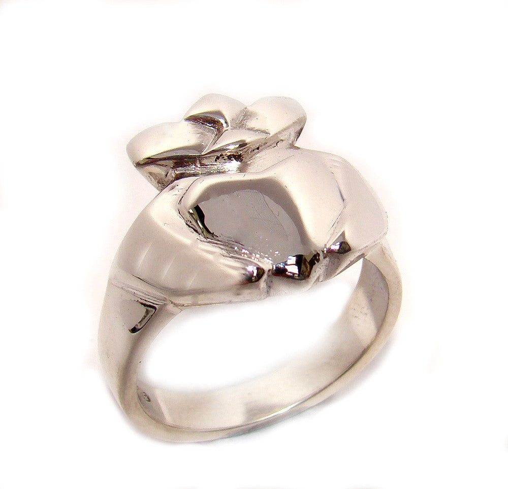 contemporary designed claddagh ring