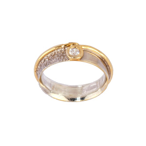 White and yellow gold diamond Wedding/Engagement ring