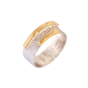 gents wedding ring in white and yellow gold