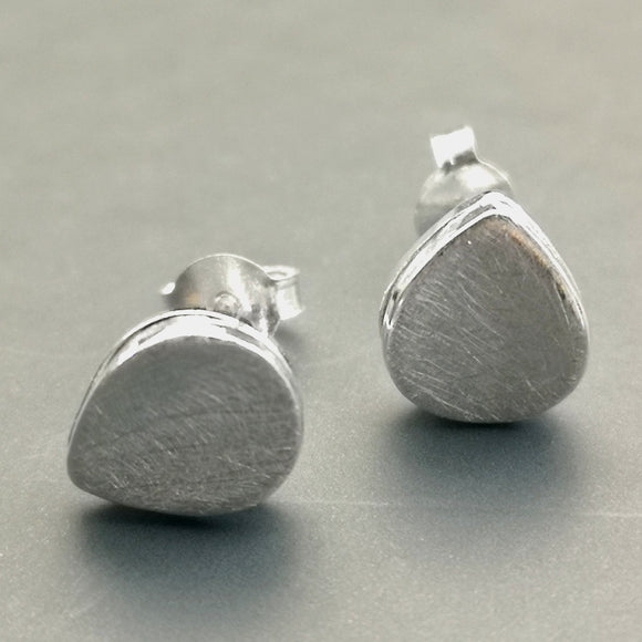 Oval stud earrings - Doyle Design Dublin