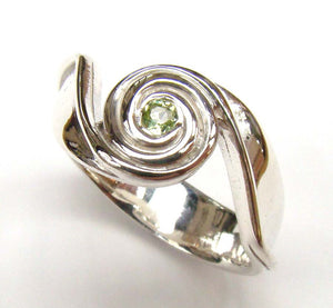 Spiral Wave Ring With Peridot - Doyle Design Dublin