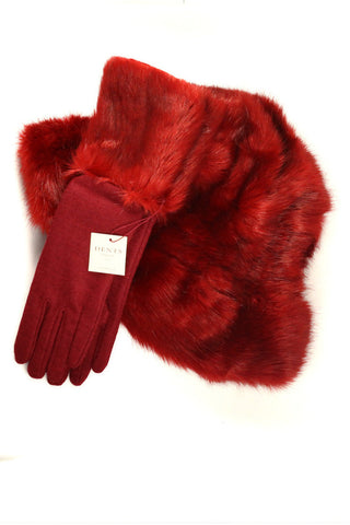 Mid length gloves with fur cuffs