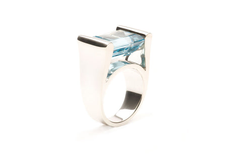 Ring Blue Topaz R139