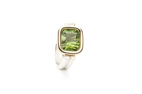 Ring R060 OYSTER Green Tourmaline