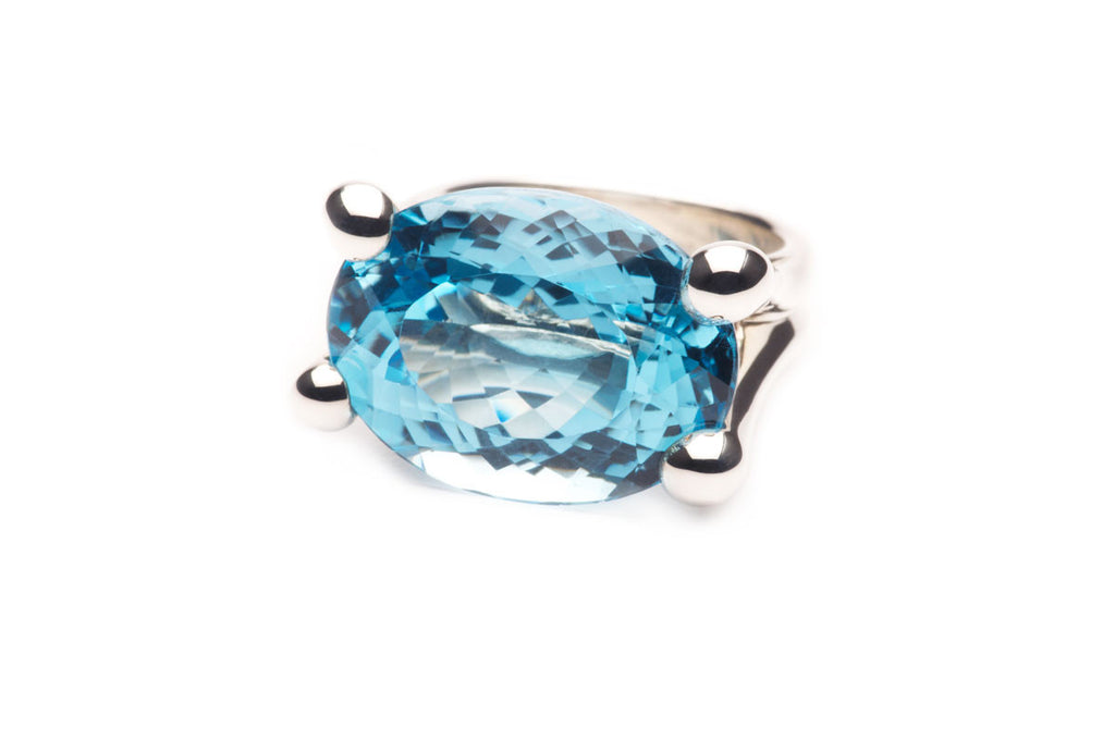 Sterling silver and a 3.5 ct Aquamarine. Price inquiry. $0.00