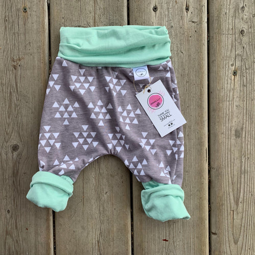 RTS Mint Grey Grow with Me Short