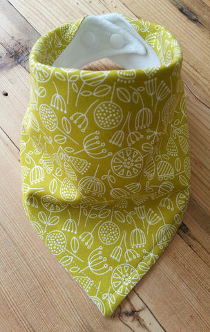 Fennel Seedpods Bandana Dribble Bib