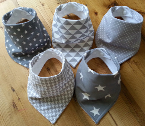 Grey Geometric Bandana Dribble Bib Bundle