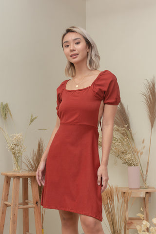 SANDY DRESS IN RUST