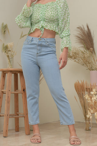 JUSTINE MID-RISE JEANS IN LIGHT WASH