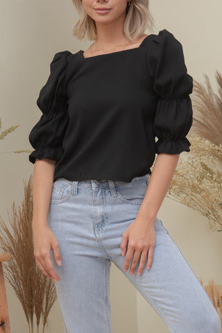 FAITH TOP IN BLACK