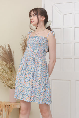 GISELLE DRESS IN LIGHT BLUE