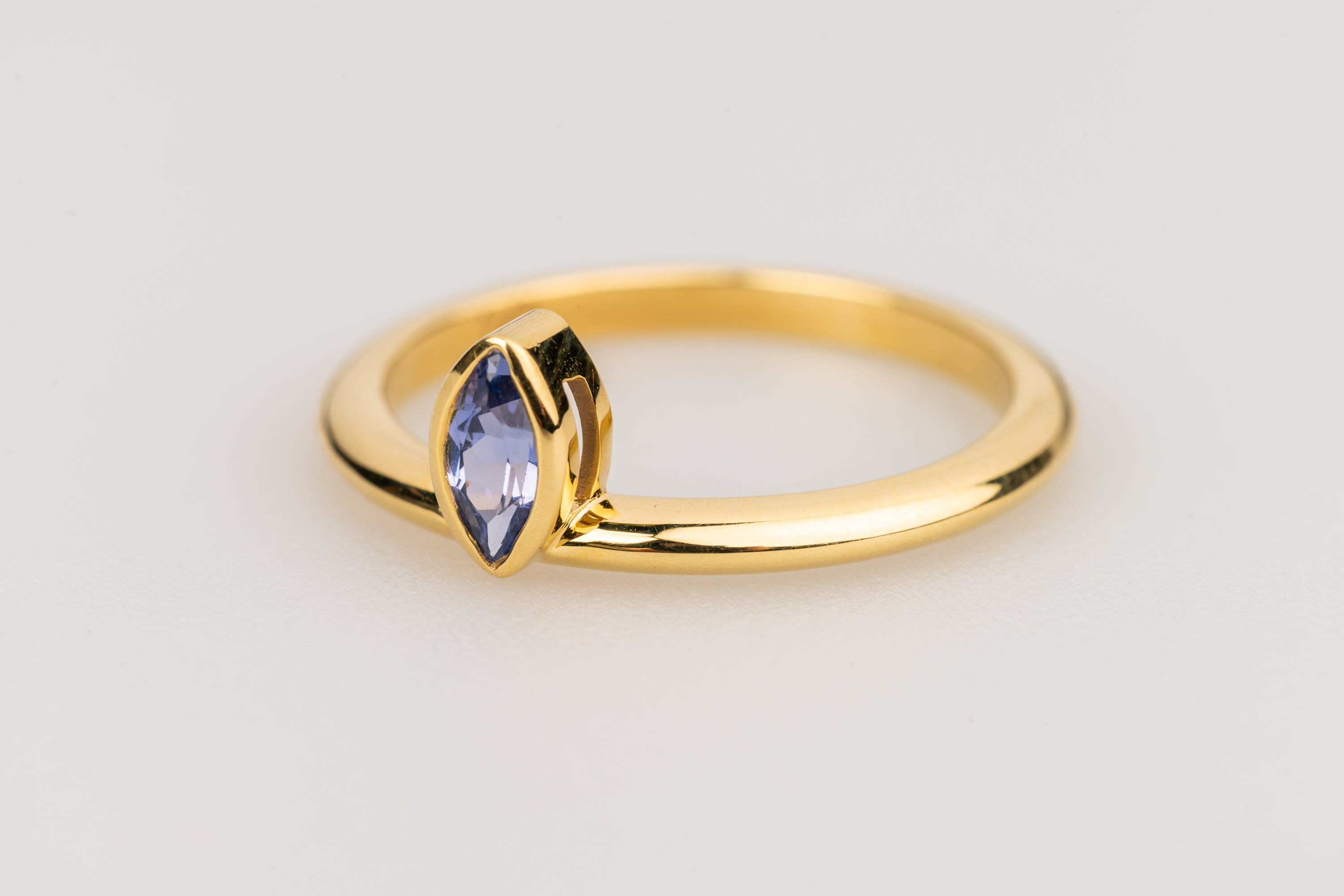 Marquise Shaped Blue Sapphire Ring in 18k Yellow Gold