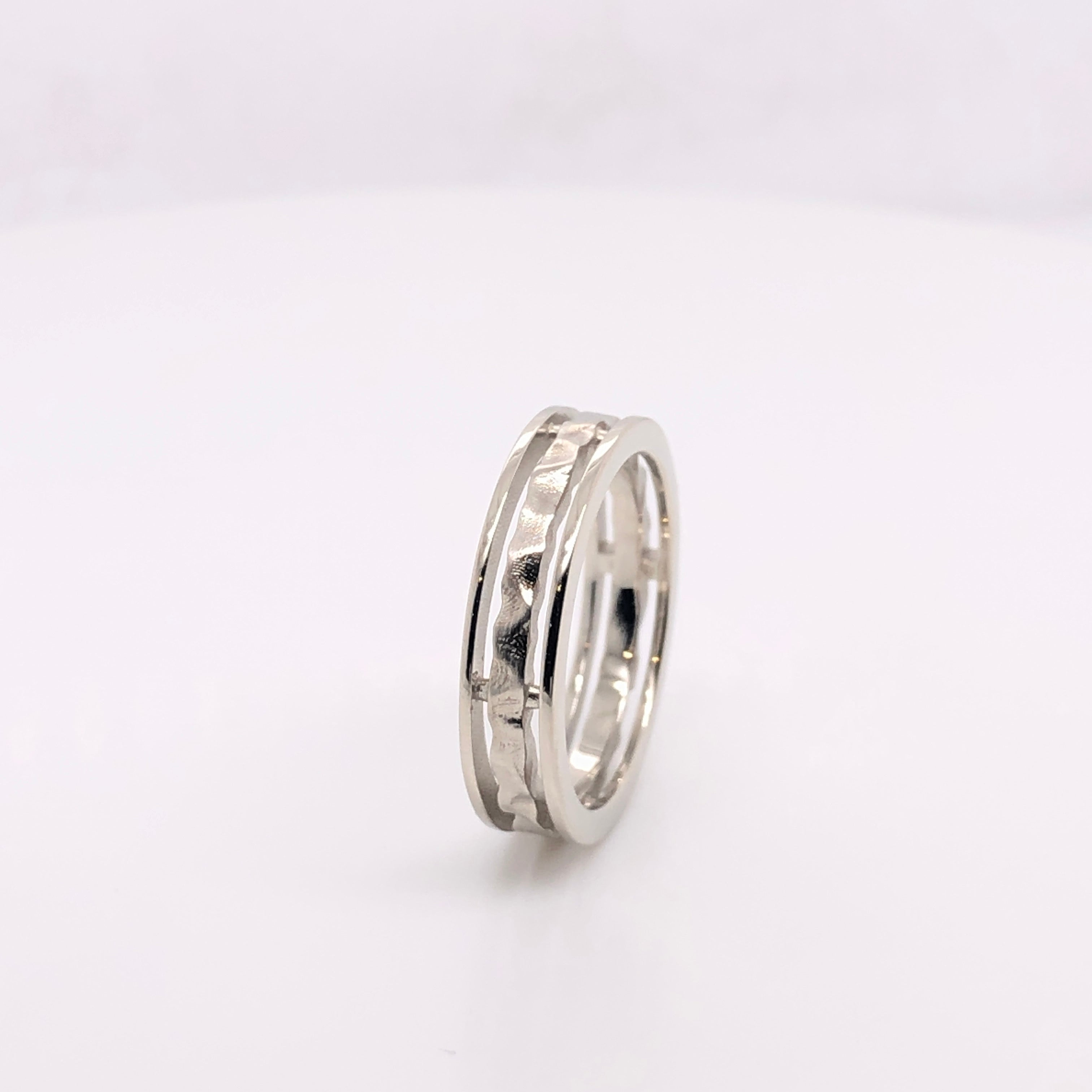 18k White Gold Hammered Ring