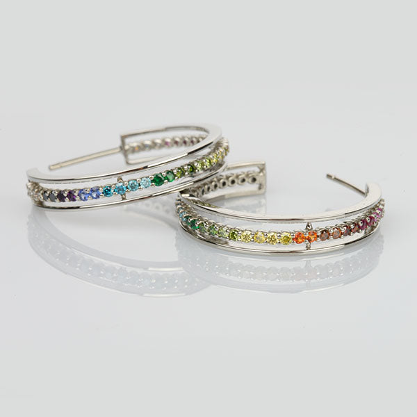 "18k White Gold ""E"" Line Hoop Earrings"