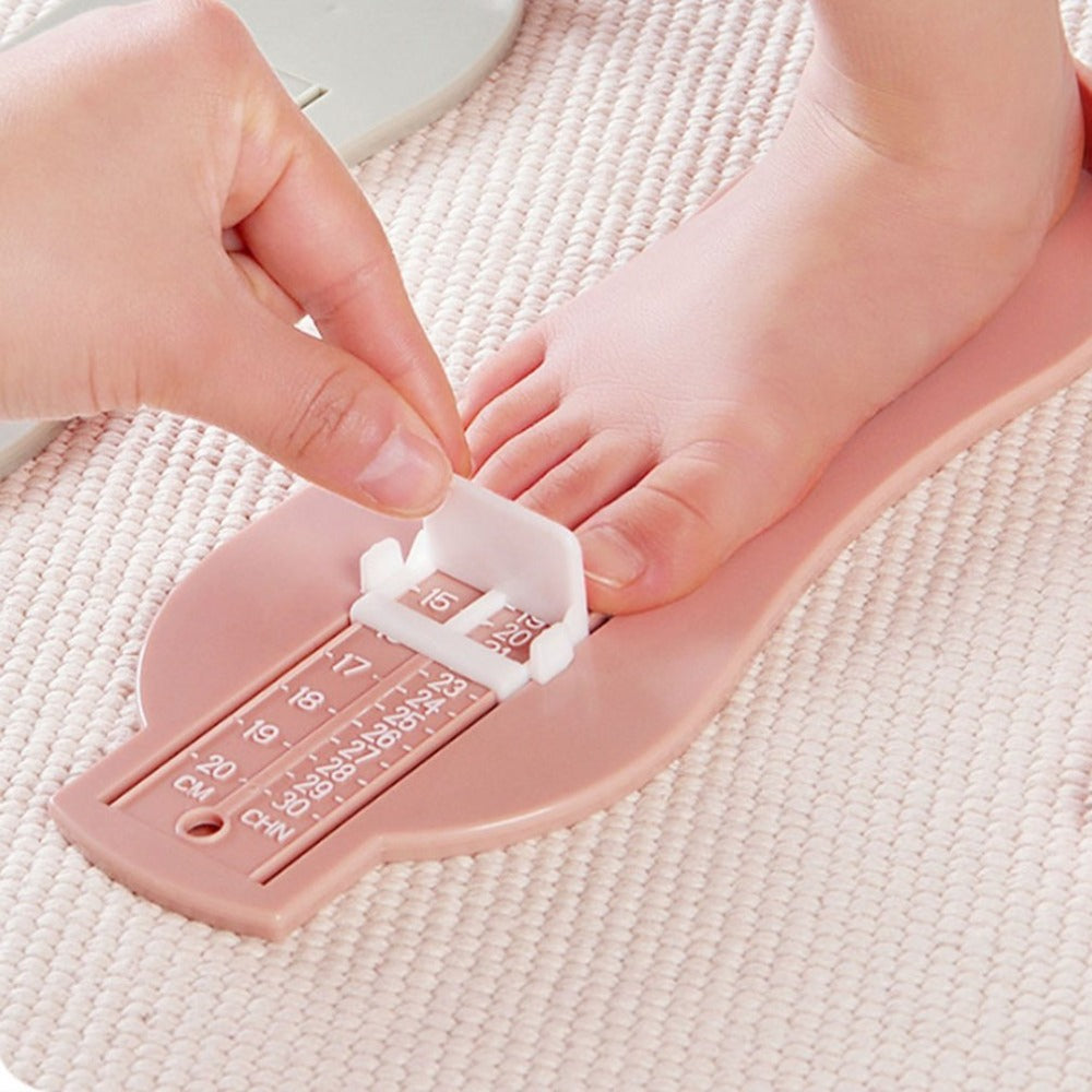 Baby Foot Size Measure Photo Prop