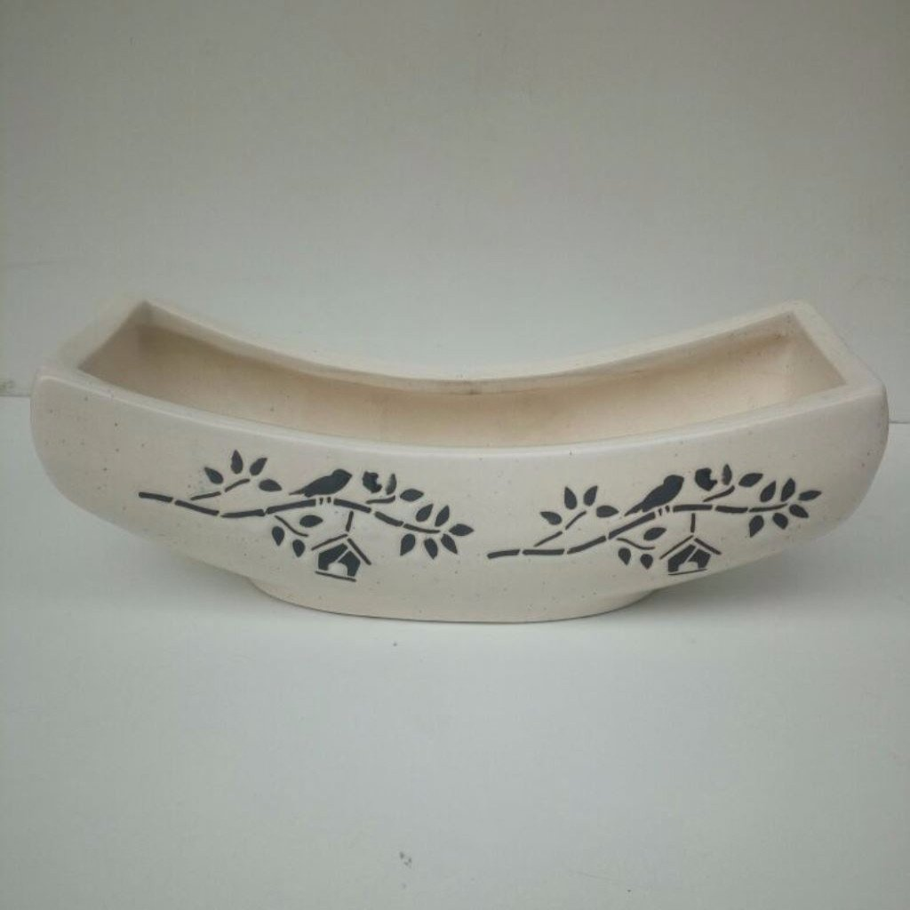 L107 - Boat Ceramic Planter (2 Sparrow House Design)