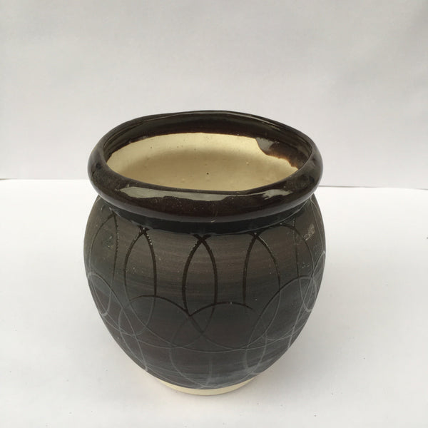 L69 - Ceramic Flower Pot