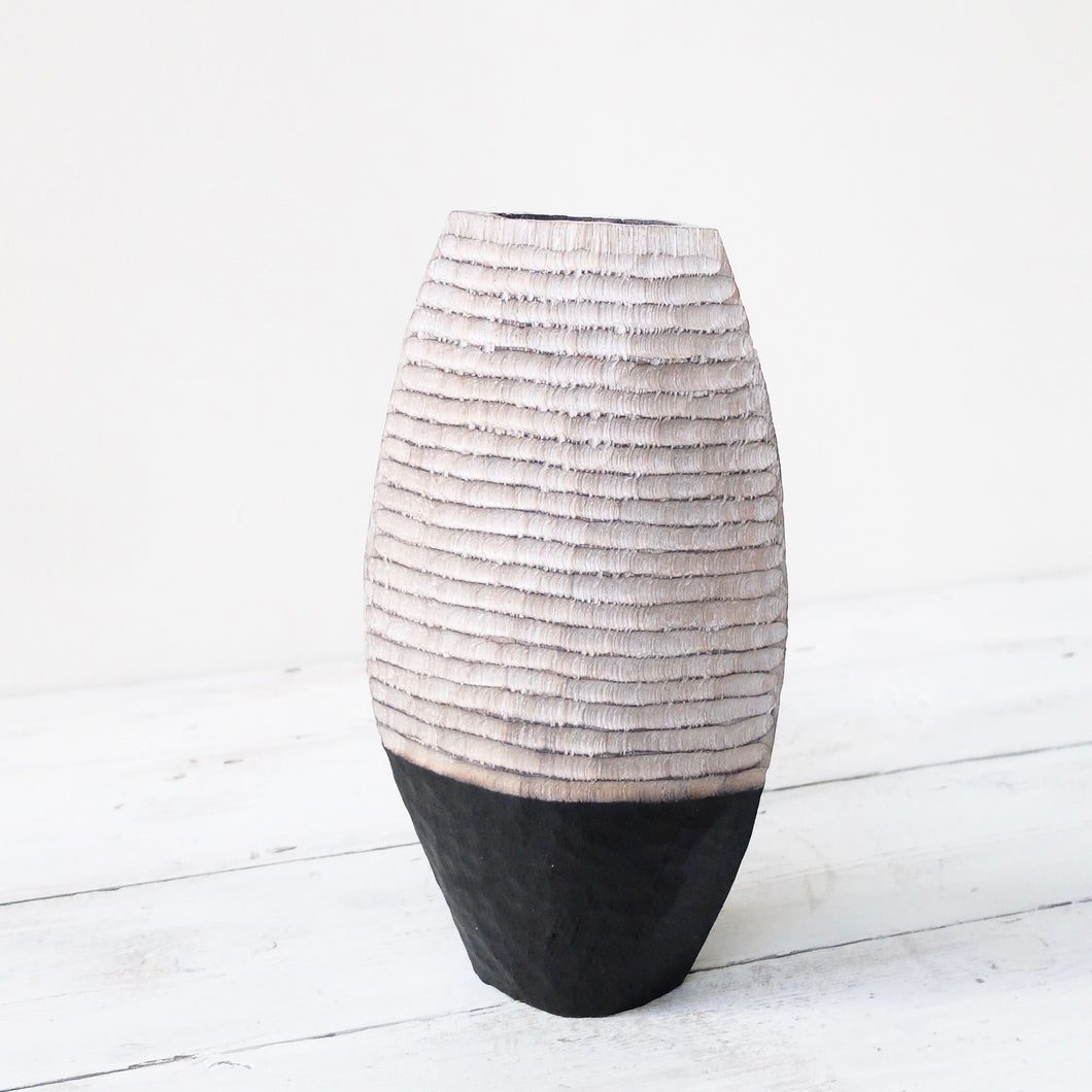 Malcolm Martin and Gaynor Dowling striped vessel 1060