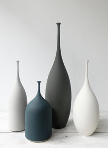 Sophie Cook Tall teardrop dry green-graphite 2